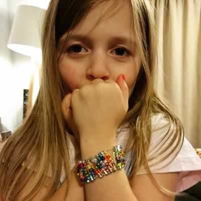 Safety Pin bracelet tutorial 13